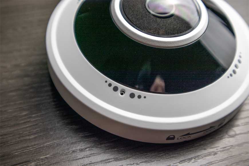 The UNV 5MP Fisheye has a built-in omnidirectional microphone.