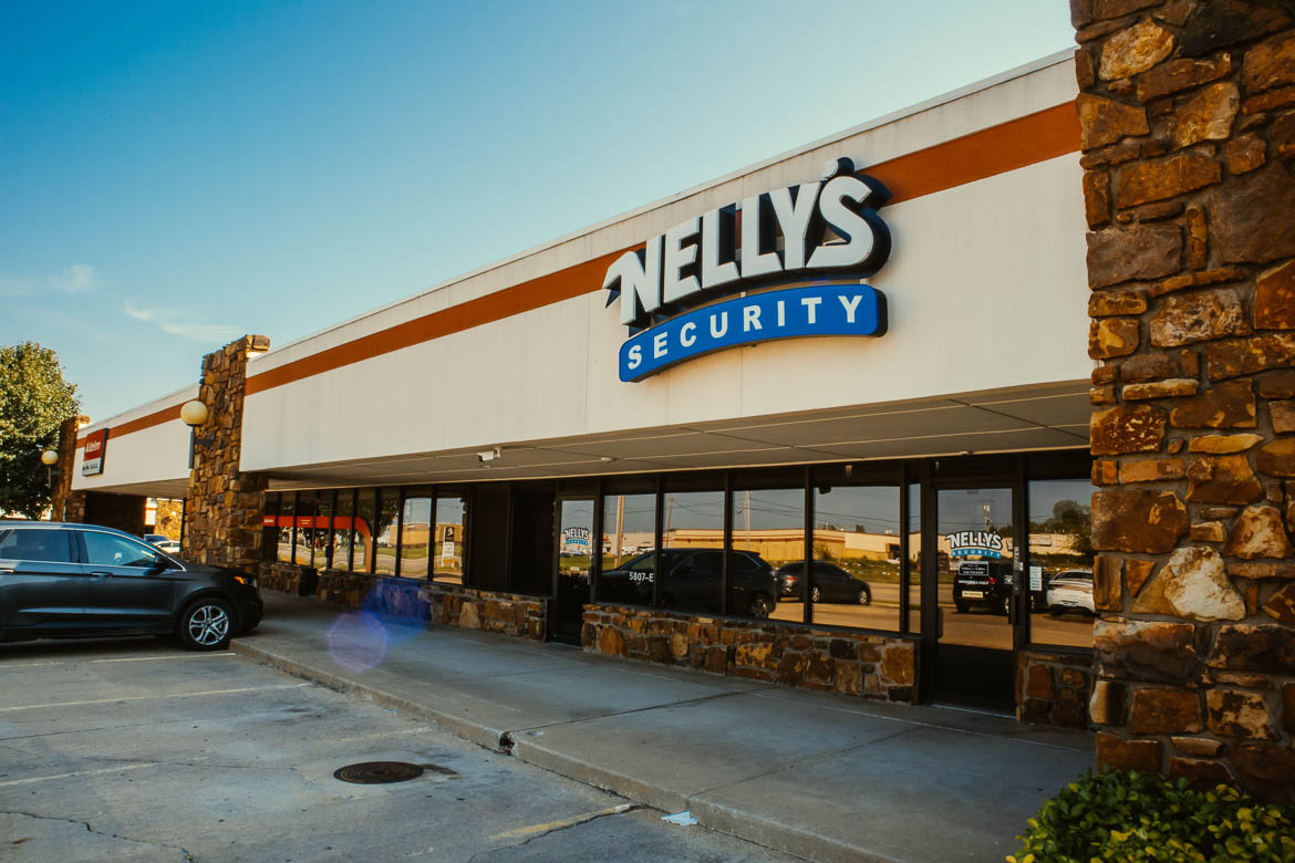 Nelly's Security is the nation's leading supplier of all security equipment. We have the best customer service and tech support in the industry. We stand by our products and we know our stuff, which is why when you're looking for an IP security camera starter kit, you should come to us.